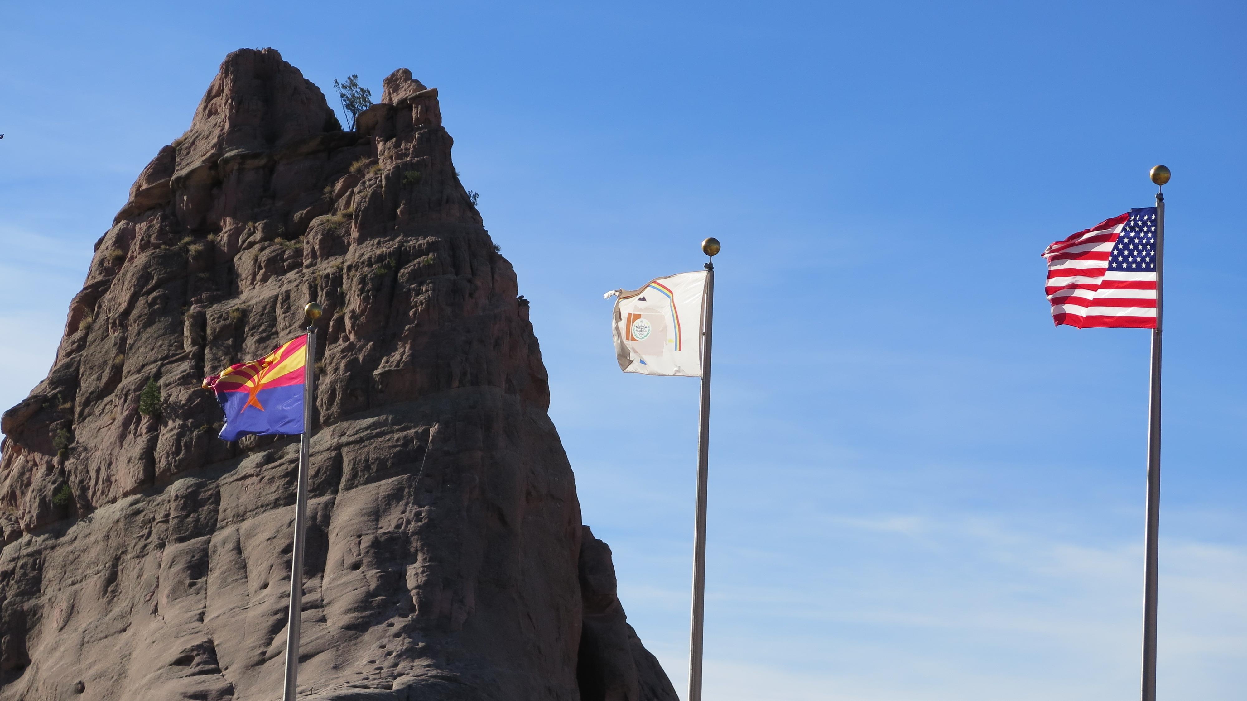 US Navajo Nation and Arizona Flag